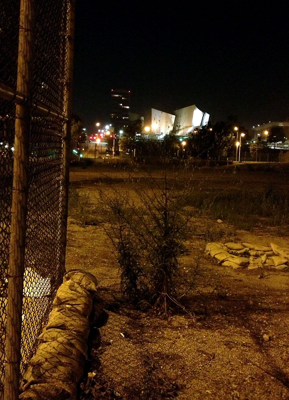 Disney Hall, sandbags, chainlink